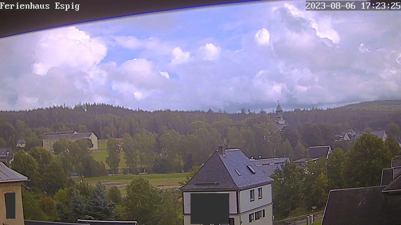 Webcam Rautenkranz mit Raumfahrtaustellung und Kirche